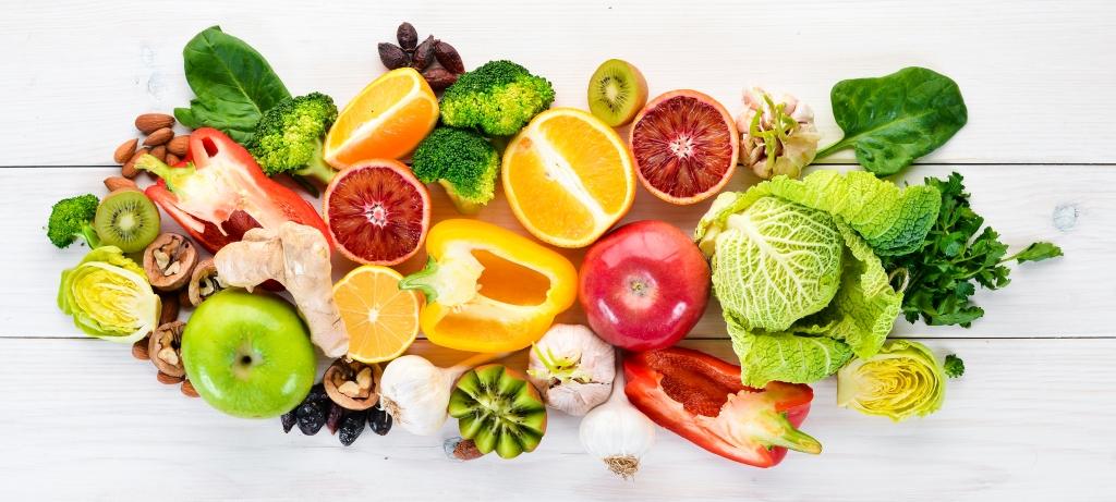 Konsumsi makanan yang kaya akan vitamin B dan C